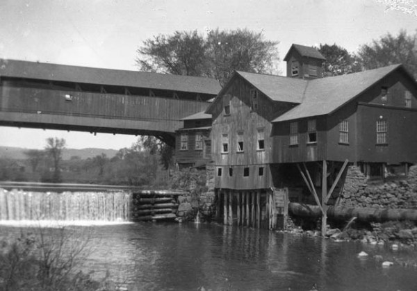 Green River Mill ca. 1906 (photo courtesy of Peter Miller)